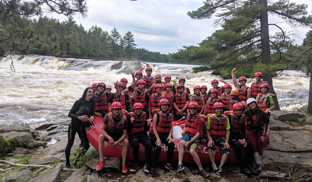 Whitewater rafting on the Rocher Fendu